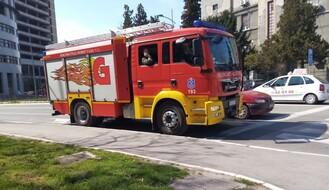 PETROVARADIN: Automobil se zapalio tokom vožnje, nema povređenih