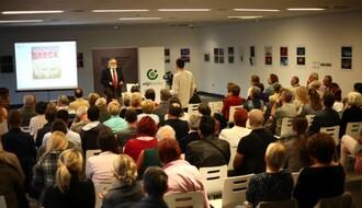 KCNS: Prepuna sala na predavanju dr Nikole Čanka o fenomenu sreće (FOTO)