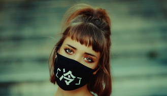 Važno je razlikovati pravu masku od prekrivača za lice koji vas ne štiti potpuno