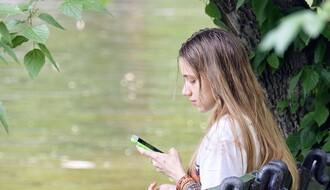 Devojka iz okoline NS osumnjičena za proganjanje, tražila od bivšeg momka da joj uplaćuje novac
