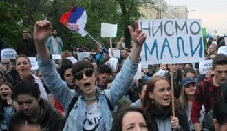 FOTO: Mirno protekao treći dan studentskih protesta u Novom Sadu