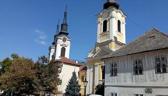 Rotvajler izujedao troje dece u Sremskim Karlovcima