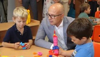 """Završena nadogradnja OŠ """"Vuk Karadžić"""", prizemlje objekta adaptirano za dečji vrtić (FOTO)"""