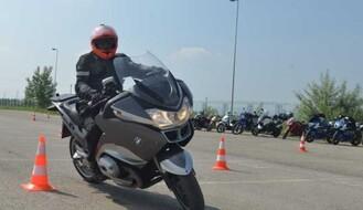 Počela obuka za motocikliste početnike u Novom Sadu (FOTO)