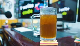 Oko 50 odsto mladih povremeno pije alkohol