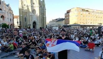 """VUČIĆ IZ PARIZA: """"Kada prođe epidemija, protestujte do mile volje"""""""