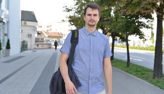 Novosađani: Pripravnik koji prima platu i još ima vremena za trubu i komediju