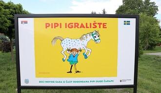 """FOTO: Kroz saradnju Grada i švedske ambasade Novi Sad dobio """"Pipi igralište"""""""
