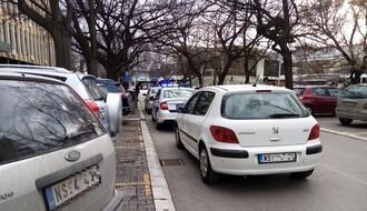 Obračun na Adamovićevom naselju, privedeno nekoliko učesnika