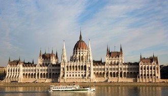 Iz Srbije u Mađarsku od srede samo uz dvonedeljni karantin