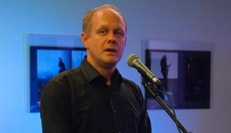 MEDVEĐA USLUGA: Direktor KCNS mislio da hvali gradonačelnika, a evo šta se desilo