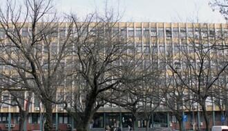 NOVI SAD: U zgradu suda dolaze s noževima, bokserima, palicama...