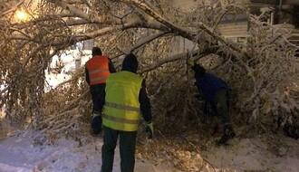 """Zimska služba """"Gradskog zelenila"""" od jutros na terenu"""