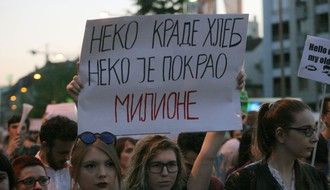 FOTO Održan i šesti dan Protesta protiv diktature u Novom Sadu
