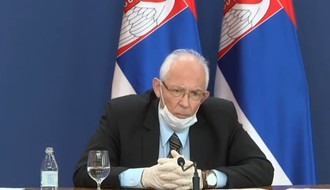 Dr Kon najavio povlačenje iz Kriznog štaba i podužim postom na Fejsbuku obratio se kritičarima
