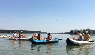 Doživeli smo obalu sa Dunava & preživeli Dunav iz kajaka (FOTO)
