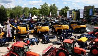 Užurbane pripreme za 83. Međunarodni poljoprivredni sajam (FOTO)