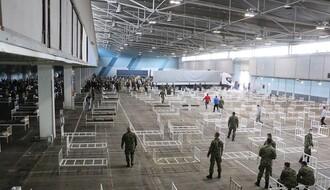 FOTO I VIDEO: Vojska i volonteri pripremaju smeštaj za bolesnike na Novosadskom sajmu