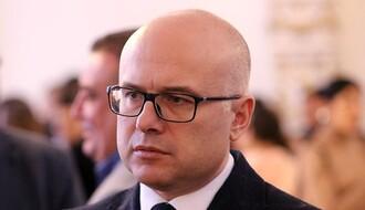 Brnabić, Vučević i Vučić na ribljoj čorbi: Najavljena ulaganja u putnu infrastrukturu