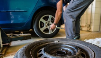 HUMANOST U DOBA KORONE: Besplatna popravka automobila za sve medicinske radnike