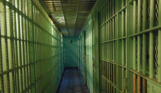 Javni izvršitelj iz Novog Sada u pritvoru zbog zloupotrebe položaja