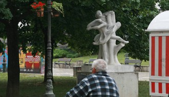 Ko postavlja spomenike po Novom Sadu: Već 17 godina bez javnog konkursa