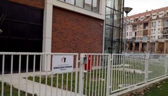 """Radovi """"Toplane"""" zauzimaju deo trotoara u ulici Đorđa Rajkovića"""