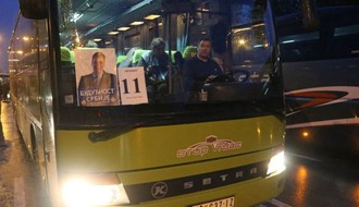 Dr Radovanović: Licemerno je kad vlast suzbija epidemiju, a onda ugurava svoje pristalice u autobuse