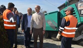 FOTO: Saniraju se devastirani kolovozi na Sajlovu