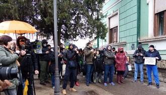 FOTO: Održan protest protiv koruptivnog gazdovanja Fruškom gorom