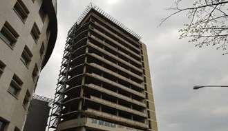 GRADONAČELNIK: Rešenje za zgradu Radničkog do kraja godine