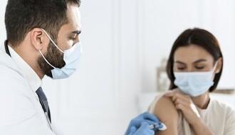 """""""Blic"""": Početkom januara u Srbiju stiže još 20.000 doza vakcina"""