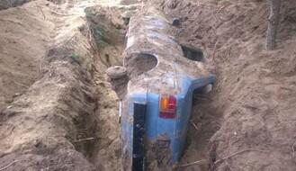 BELA CRKVA: Zakopao vozilo kojim je pregazio biciklistu (FOTO)