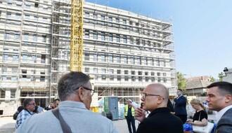 """VUČEVIĆ: """"Imaćemo najmoderniju zgradu PIO fonda"""" (FOTO)"""