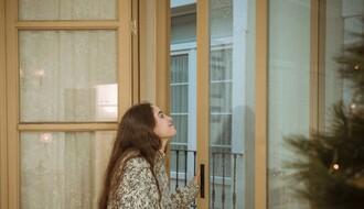 """""""Ujedinjeni protiv kovida"""" pozvali građane da u ponoć 31. decembra izađu na prozore svojih domova"""