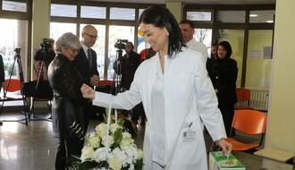 Svim bebama rođenim na Dan Novog Sada poklon od 200.000 dinara