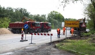 Počela obnova puta od Sremskih Karlovaca do Banstola