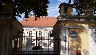 Puni se i Vojna bolnica u Petrovaradinu, noćas primljeno još 11 kovid pacijenata