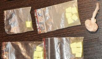 FOTO: U iznajmljenom stanu policija našla veću količinu narkotika