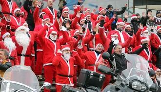 FOTO: Moto Deda Mrazovi daruju i tokom pandemije