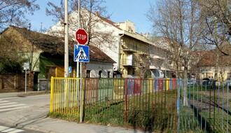 Maloletni vandali lomili inventar u dvorištu novosadskog vrtića