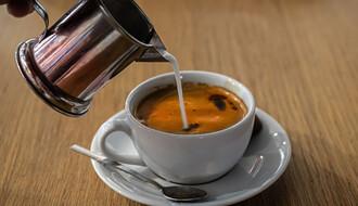 Zašto nikada ne bi trebalo piti kafu čim se probudimo