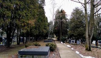 U subotu pojačan prevoz ka Gradskom groblju zbog Zadušnica