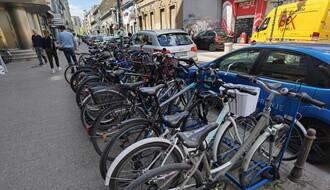 FOTO PRIČA: Nedostaje li Novom Sadu više držača za bicikle?