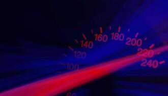 """Vozač """"audija"""" s novosadskim tablicama jurio auto-putem brzinom od skoro 240 kilometara na čas"""