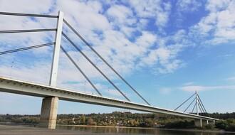 Mladić (21) pokušao da skoči s Mosta slobode