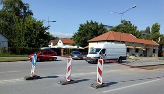 FOTO: Postavlja se pešački semafor na uglu Bulevara kralja Petra prvog i Paje Markovića