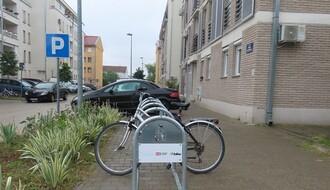 PARKING SERVIS: U toku postavljanje novih 135 držača za bicikle