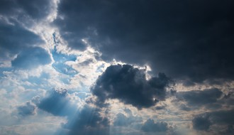 Vreme danas: Prestanak padavina i razvedravanje, najviša dnevna do 27°C