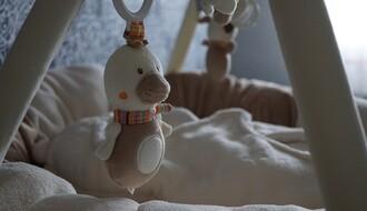 HRVATSKA: Majka zarazila četvoromesečnu bebu, broj obolelih porastao na 1.182